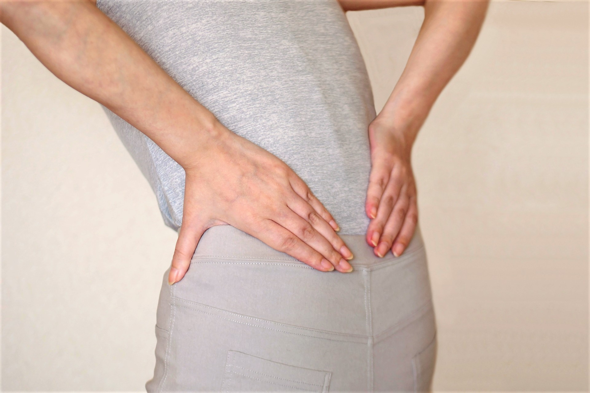 腰痛ストレッチで腰痛の原因を改善!